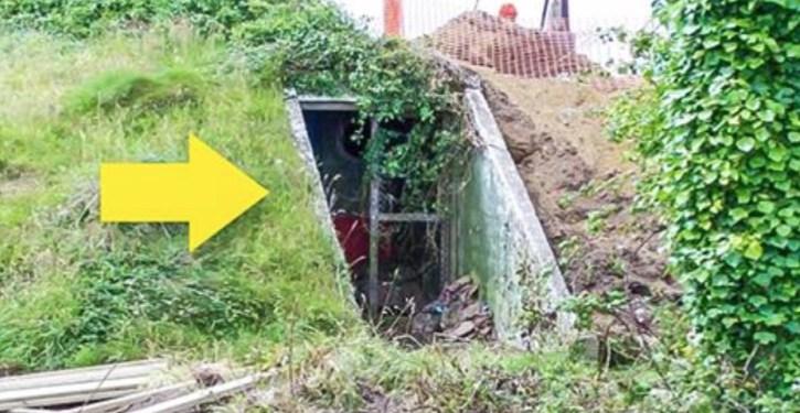 Bunker transforme en habitation la terre du futur - Conteneur transforme en habitation ...